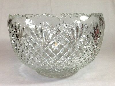 L.E. Smith Clear Glass Pineapple Punch Bowl