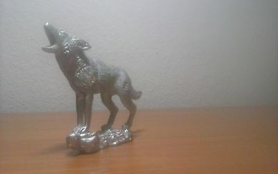 """way cool vintage pewter howling coyote figurine bout 3.25 x 3.5"""""""
