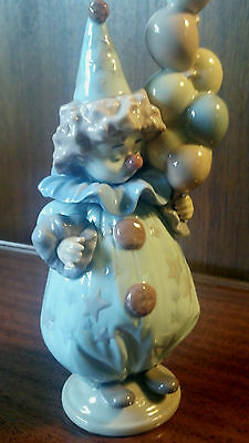 """Genuine  Lladro """"littlest Clown"""" 5472 1987 Retired Clown With Balloons Authentic"""