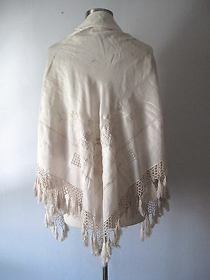 Vintage 1920s Embroidered Silk Piano Shawl - White Flowers Fringe