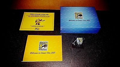 2017 Sdcc San Diego Comic Con Exclusive Collectors Pin, Booklet & Swag Box