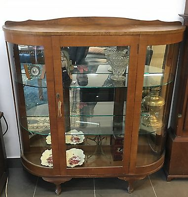 Great Collectable Vintage Art Deco Wooden China Cabinet