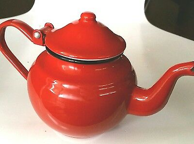 Small Red Enamel Teapot Made in Romania 0.5 L 500 ml Vintage