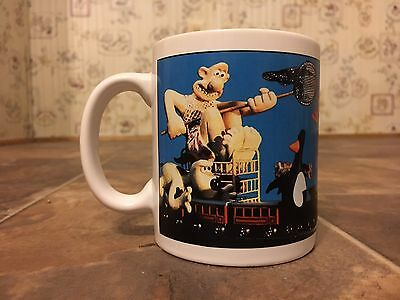 Rare Wallace & Gromit 1989 Mug Chasing a Penguin on a Train w/ A Butterfly Net