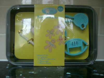 Boys Bakeware Set