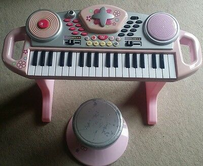 girls toy piano with stool
