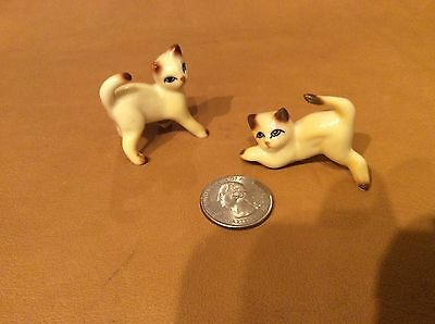VIntage Pair of Siamese kittens, made in China