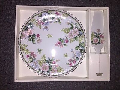 Andrea by Sadek Porcelain Cake Serving Set