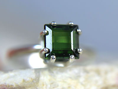 TOURMALINE - Meadow Green .925 Sterling Silver Princess-cut Ring 1.78ct