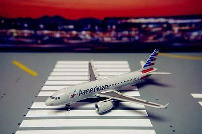 GeminiJets 1/400 Diecast Aircraft Model,American Airlines,A320W,GJAAL1583
