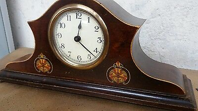 Vintage 1940's Mantle Clock In Oak lovely design and very clear porcelain face