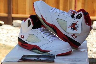 Nike Men's 2006 Air Jordan V 5 Retro White/Fire Red-Black SZ 10.5 - (136027-162)