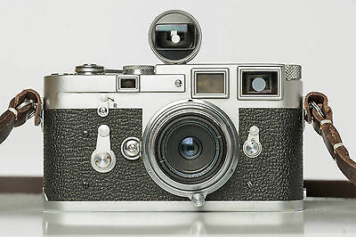Leica M3 with 28mm f/3.5 and viewfinder