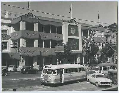1954 Photo Qe11 Royal Visit To Adelaide South Australian Hotel Decorated J61