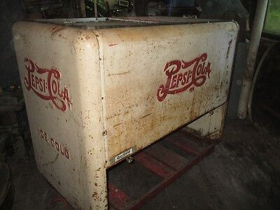 Pepsi-Cola Cooler 40ER Years As Original, for Classic Couch, Restore, Deco