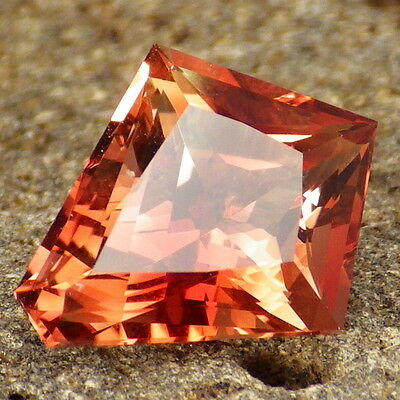 RED-ORANGE SCHILLER OREGON SUNSTONE 4.14Ct FLAWLESS-FOR HIGH-END JEWELRY-RARE!