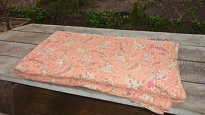 "Genuine Vintage Large Reversible Bed Cover Quilt - Paisley Pattern 78"" x 71"""