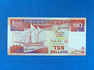 1988 Singapore $10 Banknote *P-20*       *XF*