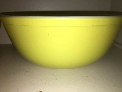 "Early Vintage Large Pyrex 10"" Mixing Bowl Yellow Kitchenware Collectible Glass"