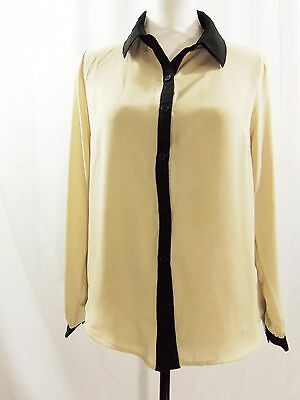 One Clothing Women's Taupe Beige Button Front Black Trim Top Blouse Size Medium