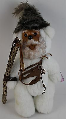 RARE LE Raikes KRINGLE DRESSED AS THE WOODSMAN Wood Face Collectible Teddy Bear