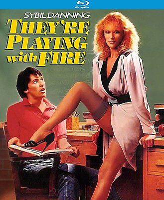 They're Playing With Fire (1984) - BLU-RAY - REGIÓN A - Sellado