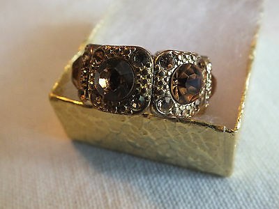 "Stunning Cocktail Ring Gold Tone Stretch Amber Gold Rhinestones 1/2"" WOW"