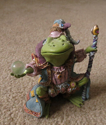 """Camelot Frogs """"Wizard of Camelot""""  Frog Figurine"""