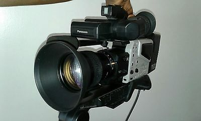 Panasonic WV-D5100HS HD Camera w/ Panasonic WV-LZ15/12 TV Zoom Lens