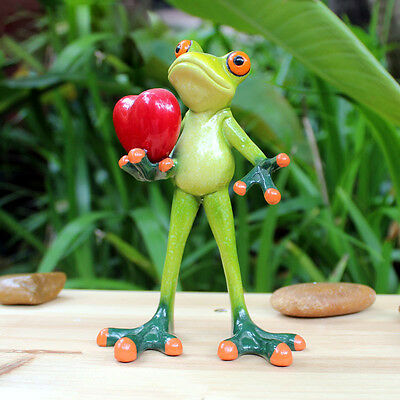 1X Green Frog Figurine Resin Frogs Colleation Gift Marry Me Love Heart