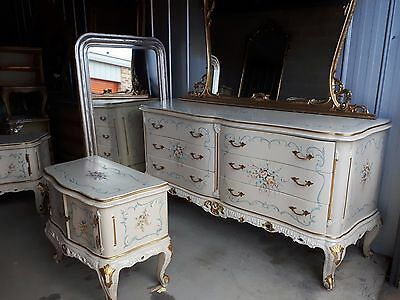 ~ Stunning French Romantique Bedroom Set ~ WOW !!!
