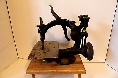 ANTIQUE WILLCOX AND GIBBS LATE 1800's SEWING MACHINE