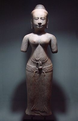 KHMER STANDING FIGURE OF A FEMALE DEVATA. ANGKOR PERIOD 'BAPHUON' STYLE, 12th C.