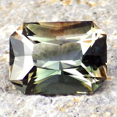 CHROME GREEN DICHROIC OREGON SUNSTONE 5.04Ct FLAWLESS-FOR HIGH-END JEWELRY!!