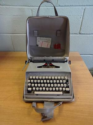 Vintage Retro Grey Remington Travel Riter Deluxe Typewriter With Original Case