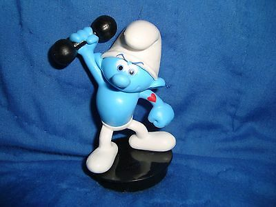 Smurfs Lost Village Hefty Smurf PVC Collectible Figure Snapco cup topper 3""