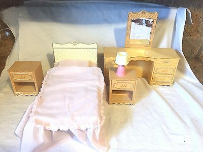 Vintage Mid Century Wolverine Furniture Set Dresser Nightstands Bed Lamp Barbie