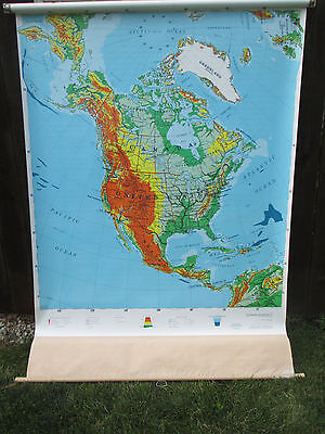 Rand McNally North America Classroom School Wall Pull down Map US roll