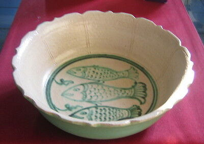 17th. C MANDALAY LARGE CERAMIC BOWL FISHES MOTIF