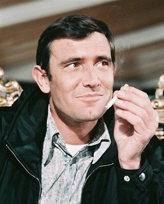 GEORGE LAZENBY 8X10 PHOTO iconic pic 240074