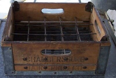 RARE! CHAMBERSBURG DAIRY PRODUCTS CO Wooden Milk Crate from Chambersburg PA