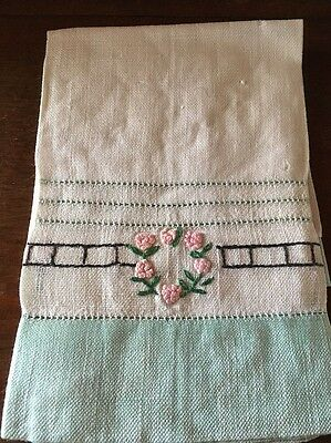 Antique/Vintage Tea/Hand Towel Linen Hand Embroidered