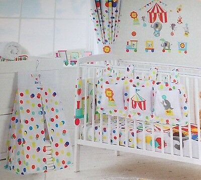 Nursery Baby Nappy Stacker Cot Tidy Set White Multicoloured Circus Lion Appliqué