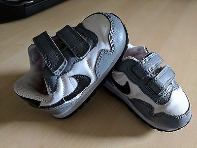 Nike Trainers Baby Toddler Kids Metro Plus Cl Tdv Grey/White/Pink Shoes sneakers
