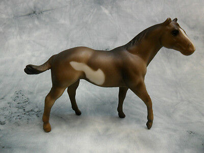 Breyer * Pinto Quarter Horse Stallion * 5901 Paint Stablemate SM Model Horse
