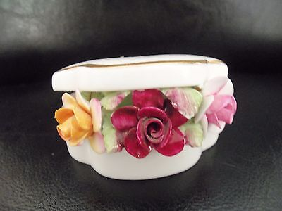 """Royal Albert""""old Country Roses""""trinket Pot With Flowers."""