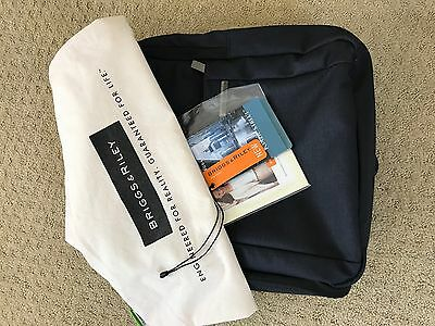 Briggs & Riley Luggage: Medium Backpack in Navy with ALL Tags