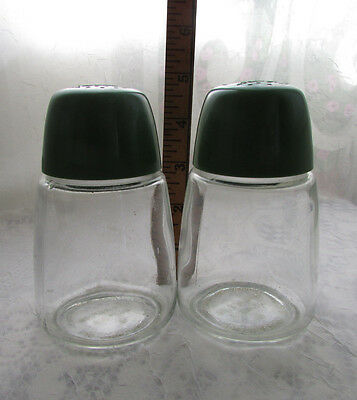 Vintage Federal Housewares Glass Green Plastic Top ~ Salt  & Pepper Shakers  Set