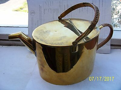 Vintage Brass Hot Water Can / Carrier