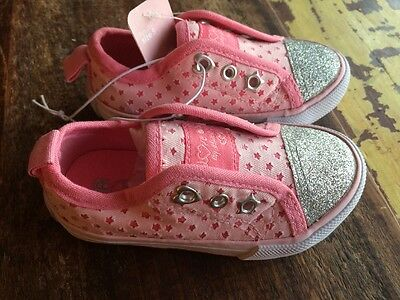 Baby Girls Pink Silver Glitter Shoe Trainers Pump Plimsole Lo Top Size 5 BN